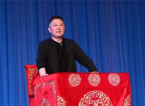 京剧知识讲座与国家一级演员,优秀程派传人李海燕主演的《锁麟囊》给